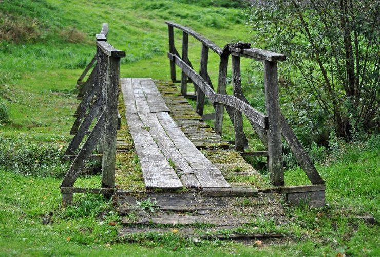 drewniany-mostek-bieszczady.jpg