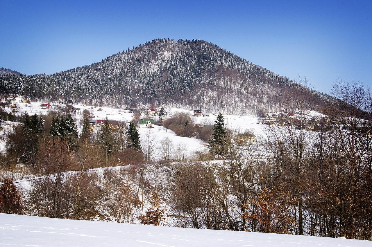 Pokrywa śnieżna - Beskid Wyspowy