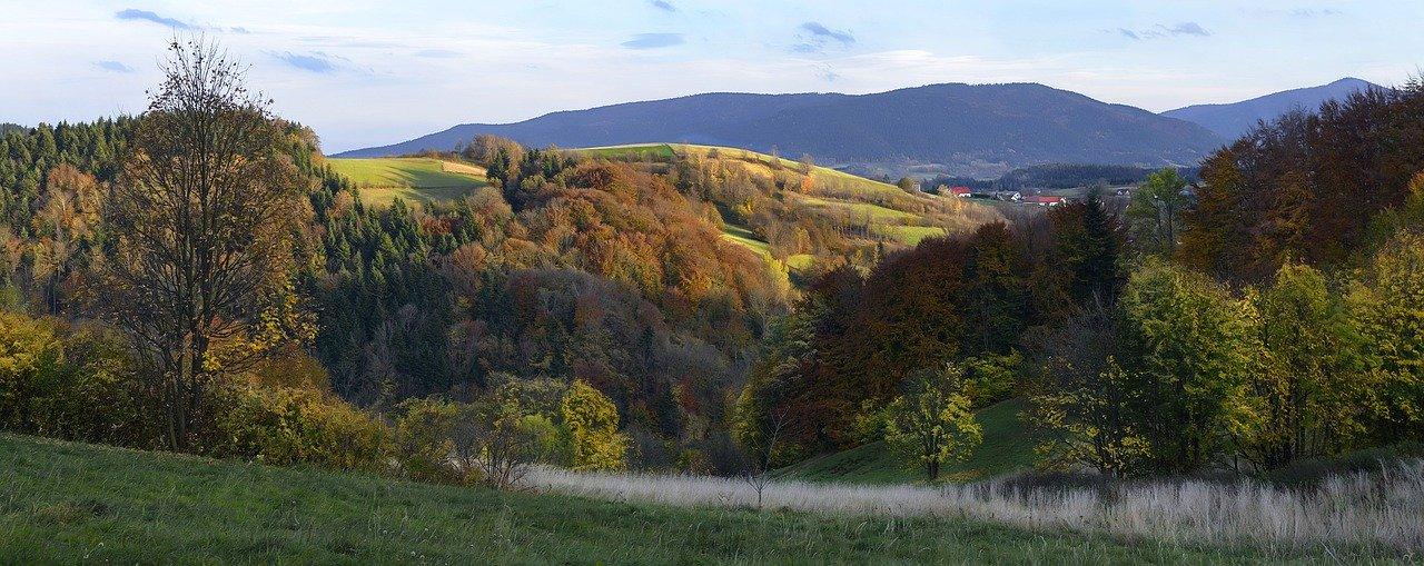 Poranny krajobraz gorski