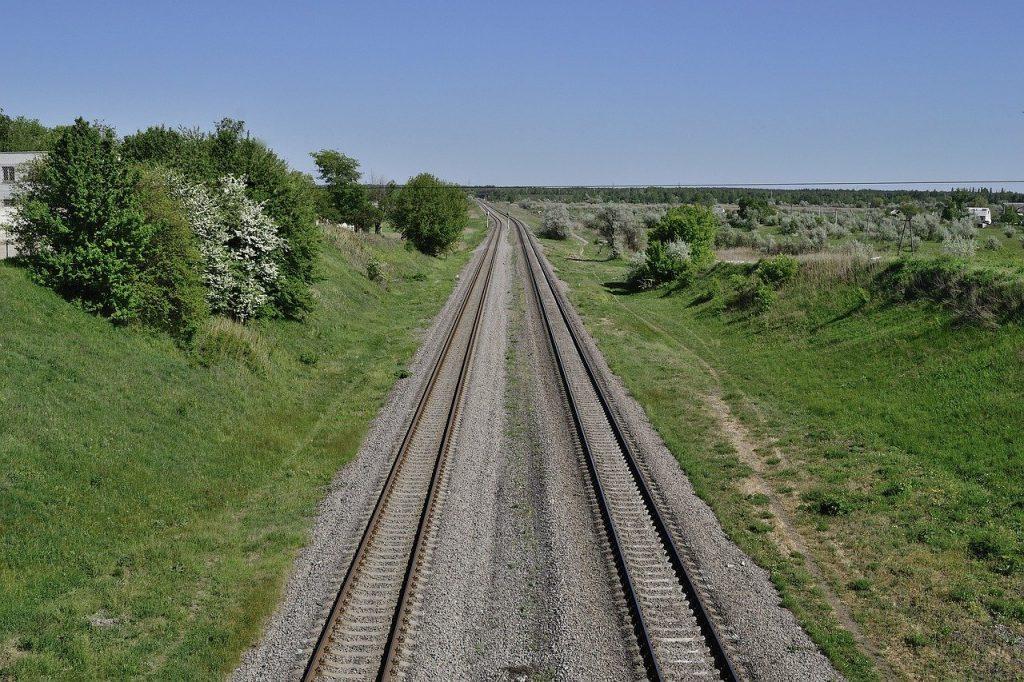 peron-tory-kolejowe.jpg