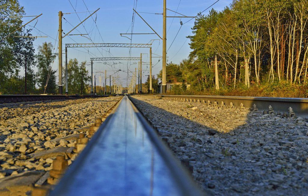 peron-stacja-kolejowa.jpg