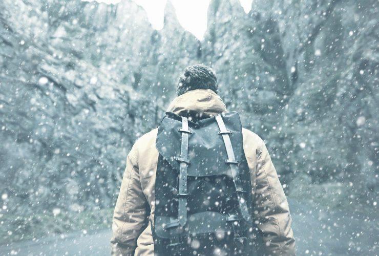 Jak prać kurtkę puchową - krok po kroku